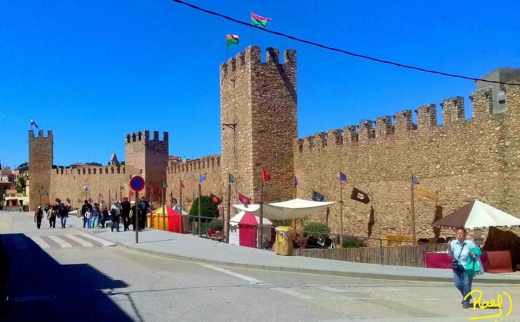 La Muralla medieval de Montblanc, fue declarada como Conjunto Monumental Artístico en 1947.